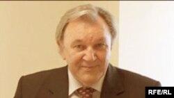 Төркиядәге татар галиме, профессор Надир Дәүләт