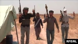Добровольцы иракской армии возле города Киркук