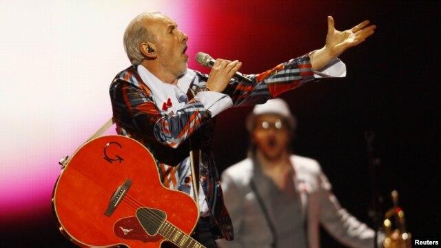 Dino Merlin na Eurosongu 2011. u Njemačkoj predstavljao je BiH sa pjesmom ''Love in Rewind', maj 2011.