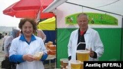 Гөлсинә һәм Анатолий Дегаевлар