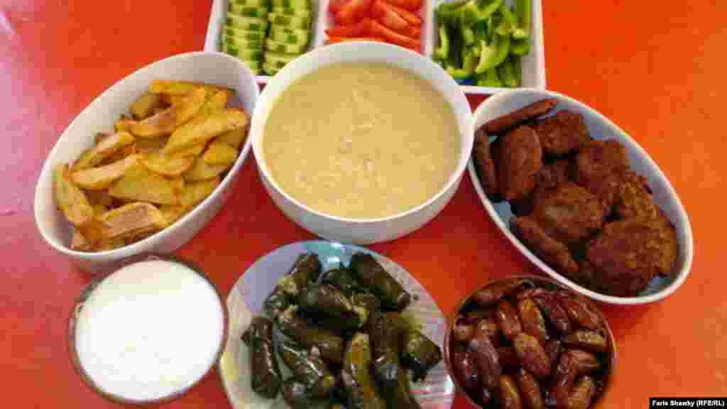 Ирак. Традиционный ужин по время Рамадана