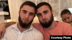 Братья Аюб и Абубакар Инуркаевы, фото опубликовано в Telegram-канале Тумсо Абдурахманова