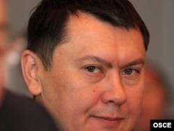 Рахат Әлиевтің Қазақстанның Австриядағы елшісі болып тұрған кездегі суреті. 30 сәуір 2007 жыл.
