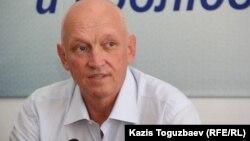 Оппозициялық саясаткер Владимир Козлов