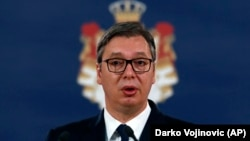 Od sad će devojke i žene čuvati Predsedništvo: Aleksandar Vučić