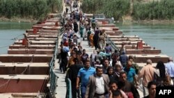 نازحون من الأنبار بإتجاه بغداد