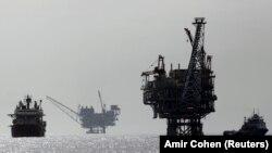 یکی از سکوهای گازی اسرائیل در دریایی مدیترانه که تحت کنترل یک گروه انرژی اسرائیلی-آمریکایی است.