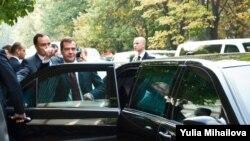 Dmitri Medvedev la summitul CSI de la Chișinău în 2009
