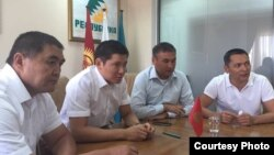 Өмүрбек Бабанов, Камчыбек Ташиев, Мирбек Асангариев жана Азамат Акелеев