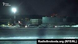 Літак «Фалькон 900», на якому прилетів Віктор Медведчук
