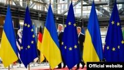 Президент України Петро Порошенко і президент Європейської Ради Дональд Туск (праворуч). Брюссель, 22 червня 2017 року (ілюстраційне фото)