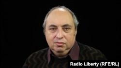 политолог Евгений Ихлов
