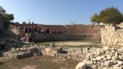 Сцена, сенсорні кіоски та Біблія: як змінюють історичний вигляд Херсонеса Таврійського (відео)