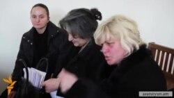 Որդեկորույս ծնողները դատարանից թևաթափ տուն վերադարձան