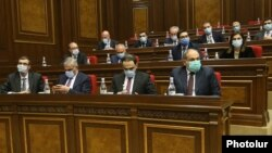 Armenia - Prime Minister Nikol Pashinian and members of his government attend a parliament session in Yerevan, January 20, 2021.