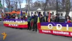 Flash-mob la Ambasada Rusiei