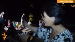 Жильцы аварийного общежития ночуют на улице