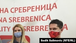 Ljiljana Stevanović i Zekerijah Hadžić, članovi Opštinske izborne komisije Srebrenica, 25. januara 2021.