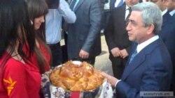 Лидер РПА проводит встречи в ереванских общинах