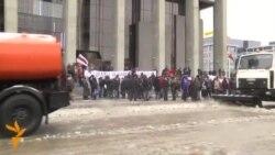 Напад врз критичари на Кадиров, со комунални возила против протест во Минск