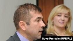 Sindikalni lideri medicinara, Vladimir Pavićević i Ljiljana Krivokapić,13. oktobar 2011.
