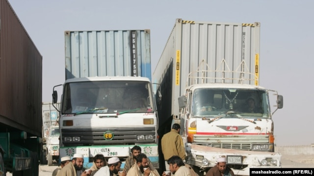 Security forces stopped NATO supply trucks in  Quetta and Chaman after NATO raid killed 24 Pakistani soldiers.