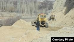 Көк-Таш – Ак-Сай жолу курулуп жаткан жер. 12-январь, 2014-жыл.