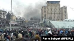 Майдан Незалежности в Киеве. 20 февраля 2014 года.