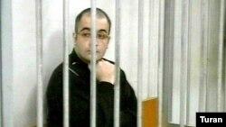 Eynulla Fatullayev in court in Baku in 2007