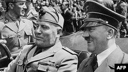 Бенито Муссолини и Адольф Гитлер в 1940 году