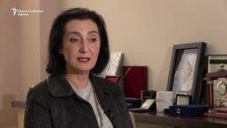 Истрагата за фалс дипломи по англиски за обвинителите тапка во место