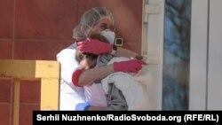 Верховна Рада, нові обмеження і коронавірус: як минув тиждень карантину в Києві – фоторепортаж