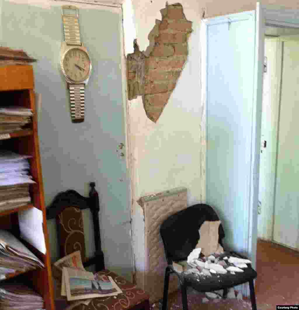 Кыргызстан: Кадамжай шаарындагы бажы кеңсеси