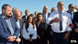 Посланикът на САЩ в България Херо Мустафа и премиерът Бойко Борисов подчертаха важността на газовата връзка с Гърция