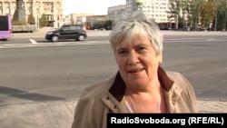 «Я хочу, щоб все це зупинилося вже, але «в Україну» не хочу» – стверджує жінка