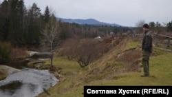 Сергей Рябцев на берегу Таятки