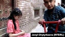 Pamje nga një vendbanim me shumicë ujgure në Kinë
