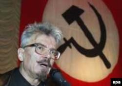Эдуард Лимонов некогда был страстным противником Путина