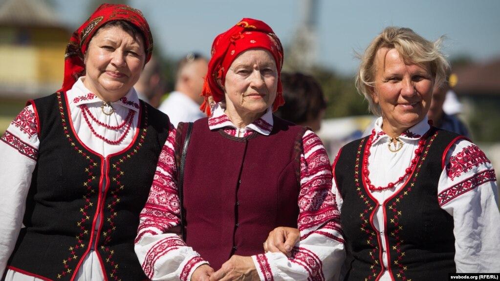 Беларуская вышыванка. «Ракаўскі фэст»