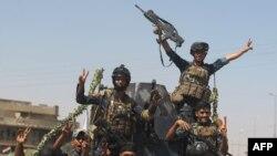 Iračka federalna policija u toku napredovanja kroz stari deo Mosula