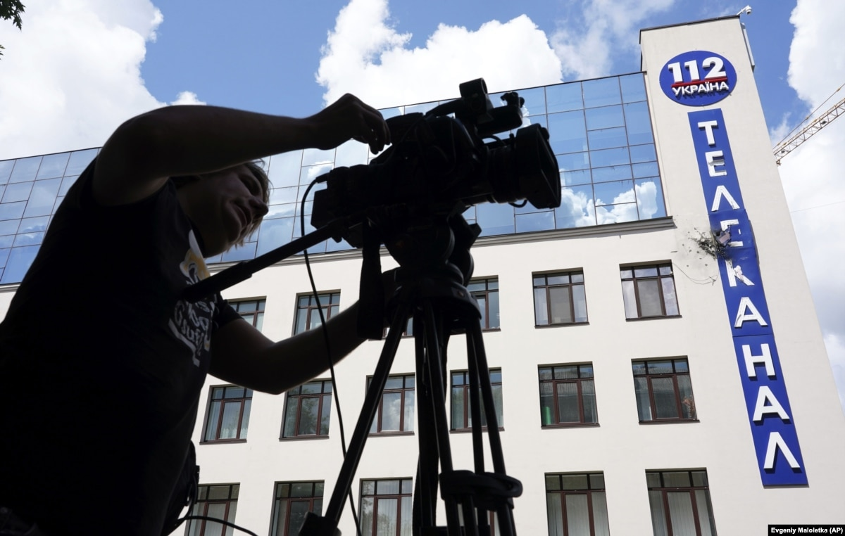 Телеканал «112 Украина» отказался от показа в эфире фильма Оливера Стоуна