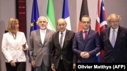 Iranian Foreign Minister Mohammad Javad Zarif (2nd R), British Foreign Secretary Boris Johnson (R), French Foreign Minister Jean-Yves Le Drian (C), German Foreign Minister Heiko Maas (2nd R) and EU foreign police chief Affairs Federica Mogherini.