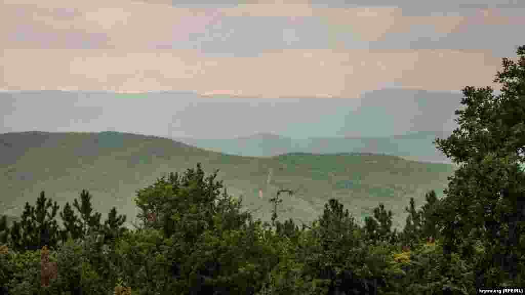 Горный ландшафт с юго-западной стороны Научного