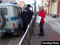 Техника коммунальщиков перекрыла проход к администрации Томска во время акции