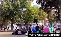 Біженці у Белграді, Сербія. Вересень 2015 року