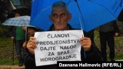 Sa protesta radnika Hidrogradnje, novembar 2013.