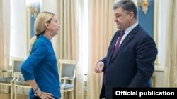 Уляна Супрун та президент України Петро Порошенко. Липень 2016 року