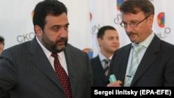 Rusiya Sberbankının direktorlar şurasının sədri German Gref (sağda) və Vardanyan
