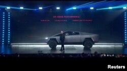 Илон Маск представляет новый пикап Cybertruck, Лос-Анджелес, 22 ноября 2019 года