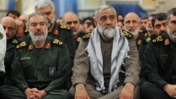 از راست: محمدرضا نقدی و علی فدوی